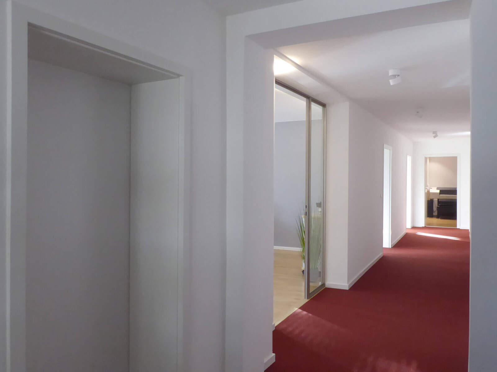 Büro in München (Ludwigsvorstadt) / Flur nach Umbau