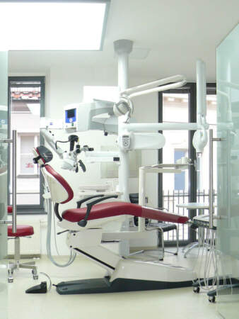 Endodontologie Praxis in Augsburg / Behandlung