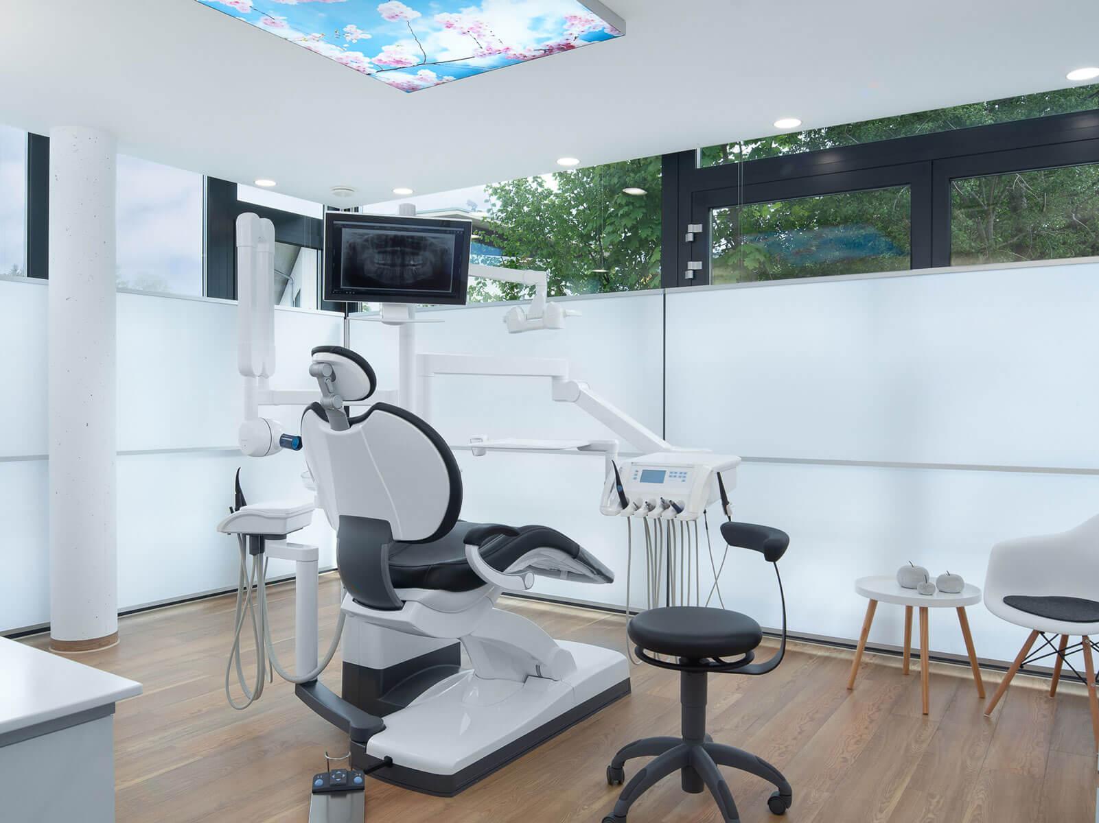 ZA Praxis in Bernau am Chiemsee / Behandlung